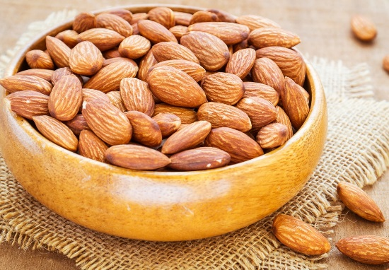 Almond face mask for dry skin