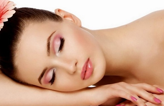 Natural Tips to get fair skin at home using home remedies