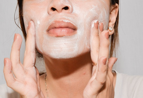 7 Beauty Tips to Get Fair Skin Complexion at Home
