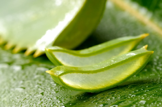 aloe vera gel for pimple and acne treatment