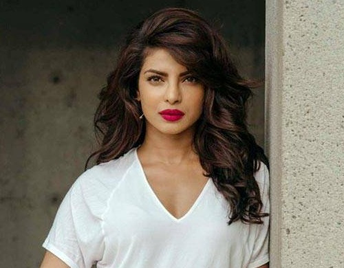 Priyanka Chopra Beauty Secrets, Diet and Fitness Tips