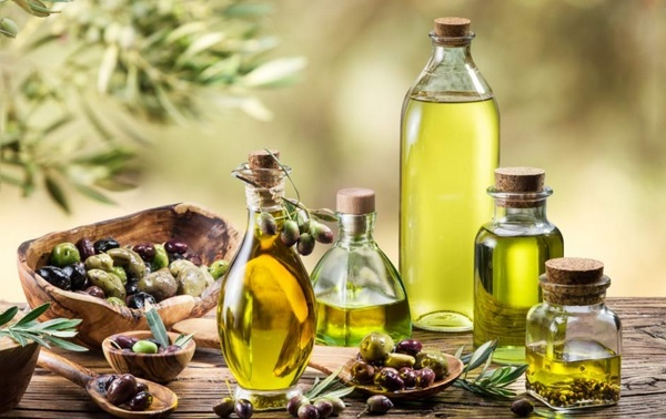 Olive oil and rosemary oil for hair growth