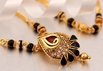 mangalsutra design in gold 3