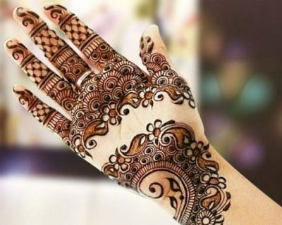 Dainty Paisleys Floral Henna Design for Hands