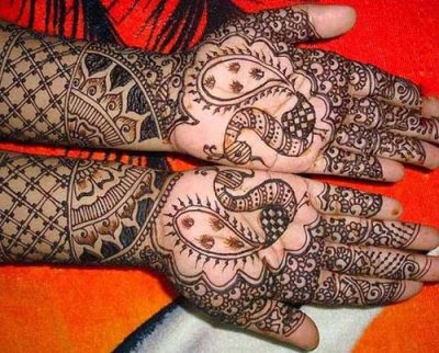 Bridal mehndi with Mor Design for Full Hands