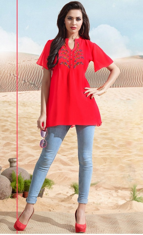short red kurti and jeans
