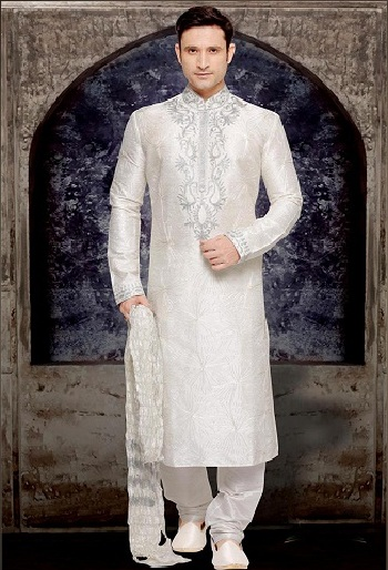White Kurta Pajama For Functions