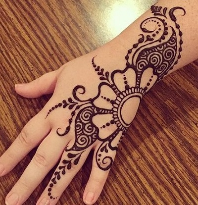 easy mehndi flower design for hands