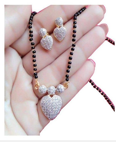 Stone studded heart shaped pendent mangalsutra