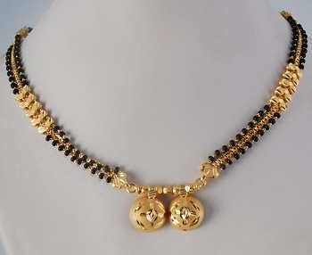 Short Gold Mangalsutra Pattern (2)