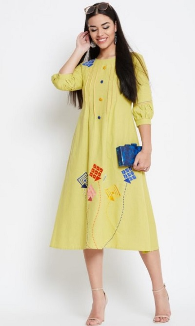 Kurta With Balloon Sleeves And A Line Pattern