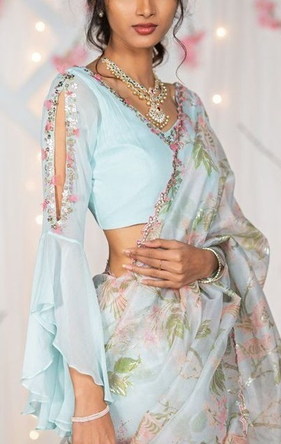 Full sleeves with slit blouse style