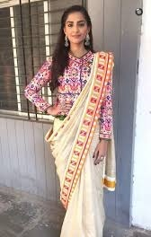Stylish Printed Blouse With Long Length