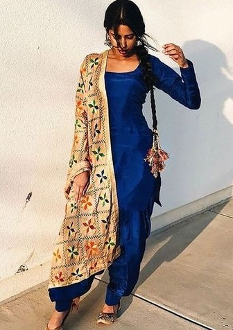 Blue Silk Suit With Full Sleeves And Phulkari Dupatta
