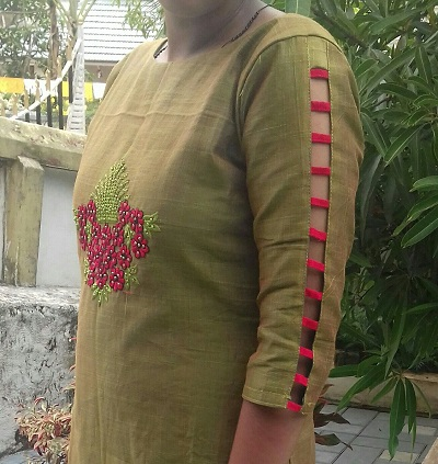 Kurti sleeves design with strips
