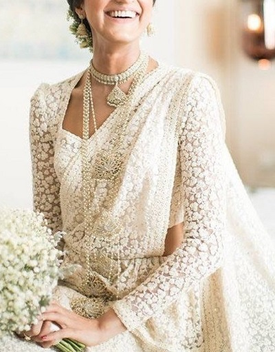 Latest lace fabric Full sleeves pattern