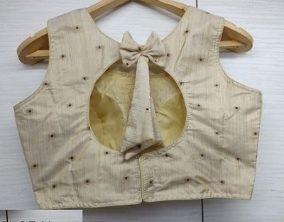 Round Cut Back Neck Pattern With Bow