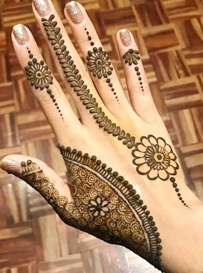 Gorgeous And Easy Floral Standard Mehndi For Girls