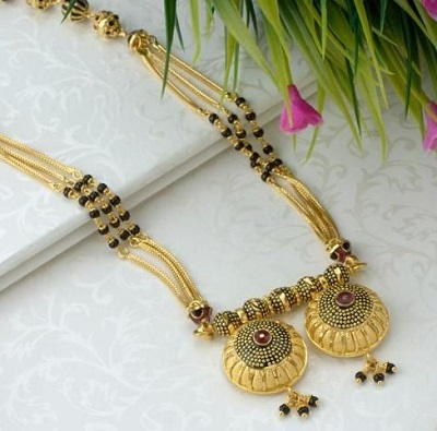 Traditional 20 gram gold antique finish mangalsutra locket