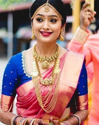 Traditional Wedding Wear Blue Silk Blouse Pattern With Border