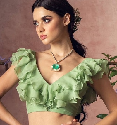V Neckline With Ruffles Blouse Pattern For Front