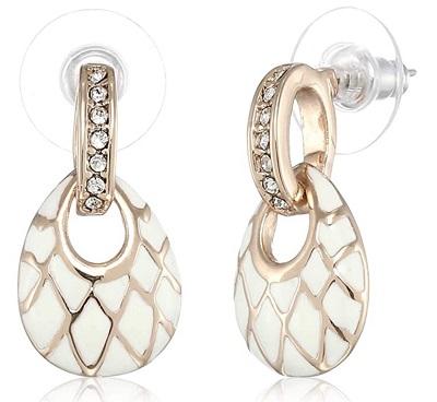 Enamelling work earring with stones