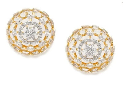Round stud earrings for everyday use