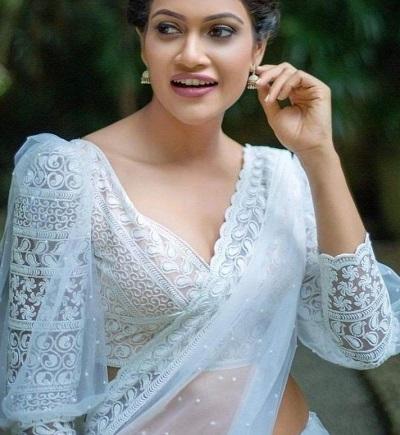 White net fabric V neck saree blouse design
