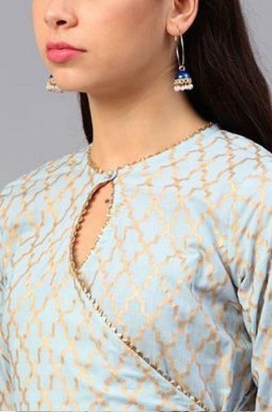 Keyhole neckline design on an angrakha Kurti pattern