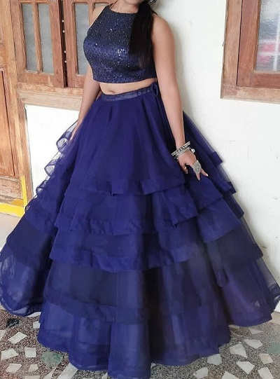 Navy Blue Crop Top With Volume And Layered Skirt